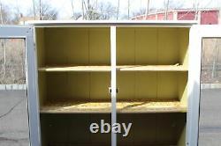 Ancien Country Farm Hutch Cabinet Armoire Shabby Chic Drs. Mastercraft De Bureau