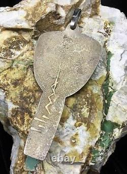 Qualité Du Musée! Énorme Charles Loloma Hopi, Sterling Silver Kachina Pendentif