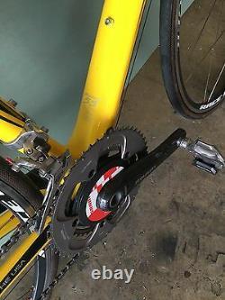 Trek Livestrong Madone Roadbike 5.5 Fait À La Main Aux États-unis. Siège Fi'zik, Roues Bontrager